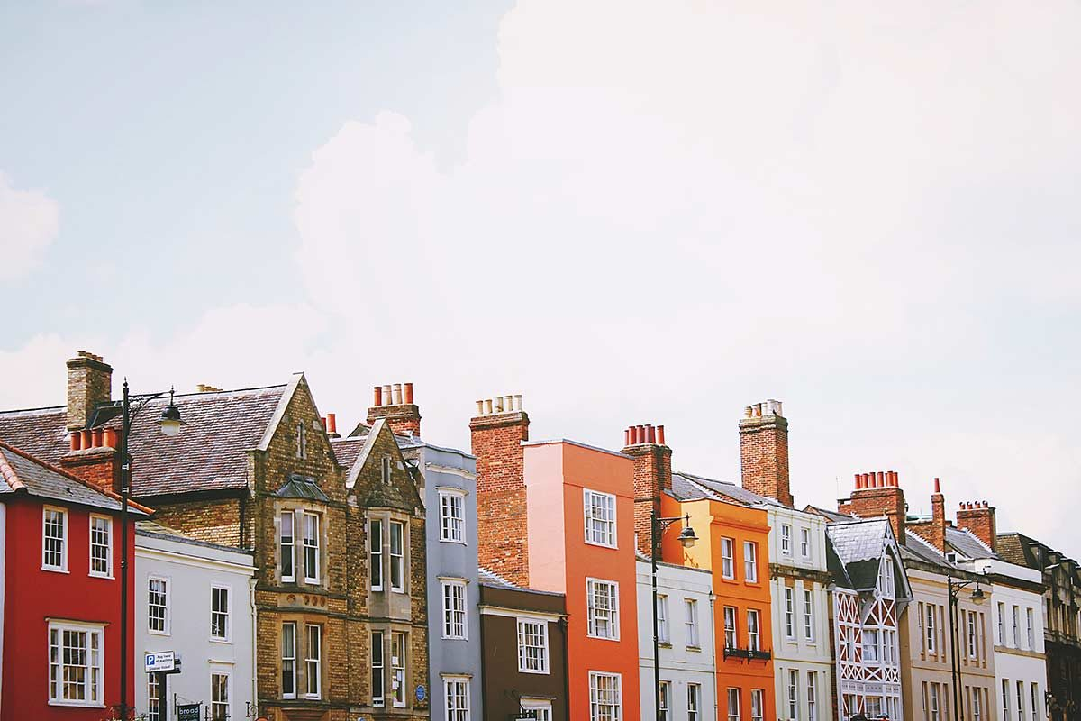a row of houses along a street in Oxford UK